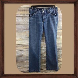 Gap Long and Lean Flare bottom Medium Blue Jeans